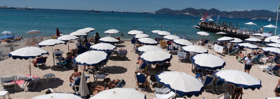 BEACH vibes: French Riviera Glamour edition